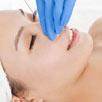 زیبایی و کوچک کردن بینی بدون جراحی (رینو پلاستی ) با تزریق ژل و چربی